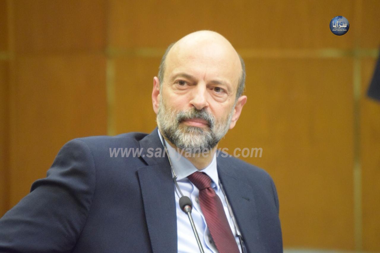 تعيينات الرزاز اضعفته شعبويا  ..  ومطالبات علنية باقالة الحكومة