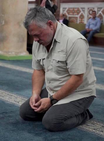 الملك: في ذكرى مولد سيدنا محمد نسأل الله أن يعم الخير والسلام