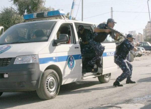 غزة : القبض على سارقي نصف مليون دولار من بريد الشجاعية