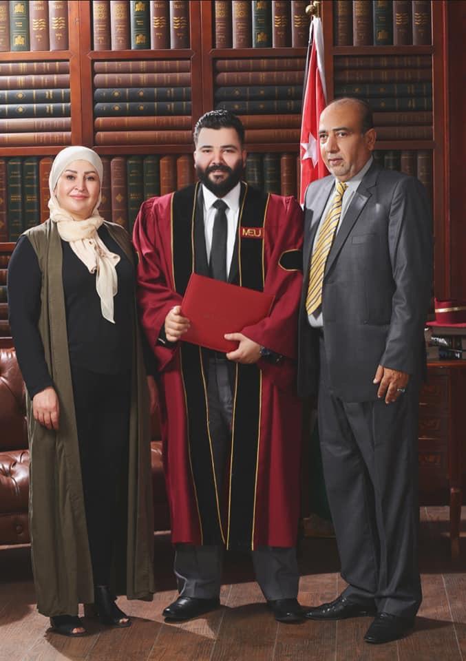 """المحامي """"محمد الطاهر"""" مبارك التخرج"""