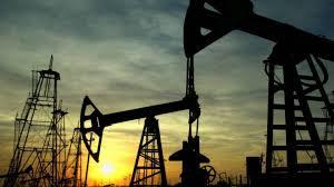 النفط يرتفع لأعلى مستوى في 2019 ويتجاوز 65 دولاراً للبرميل