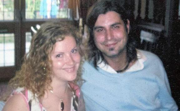 أنجبت من زوجها بعد 10 سنوات على وفاته