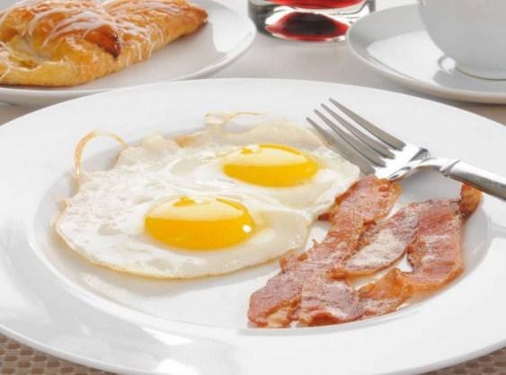 البيض لخسارة الوزن ..  تناولوه في هذا الوقت وانتظروا النتيجة المدهشة