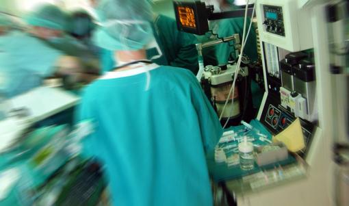 السعودية : مواطن يتهم مستشفى بالتسبب في وفاة زوجته