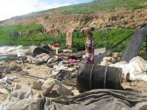 الاحتلال يداهم خربة جدوعان في الخليل ويهدد بهدم آبار مياه
