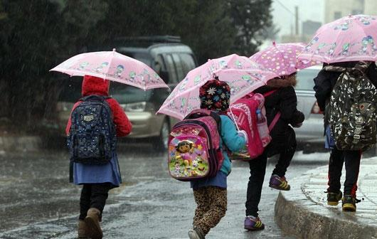 تفويض تأخير الدوام وتعطيل المدارس لمديرية التربية