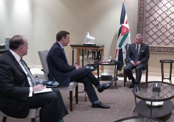 لقاء الملك بالوفد الأمريكي ..  تأكيدٌ على مكانة الأردن والملك في دوائر صنع القرار