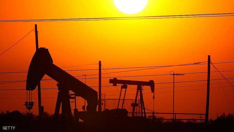أسعار النفط تستقر بعد هبوط بسبب ترامب