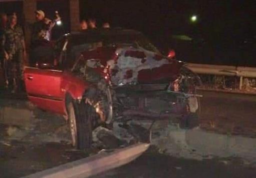 5 إصابات بتصادم مركبة بعمود كهرباء