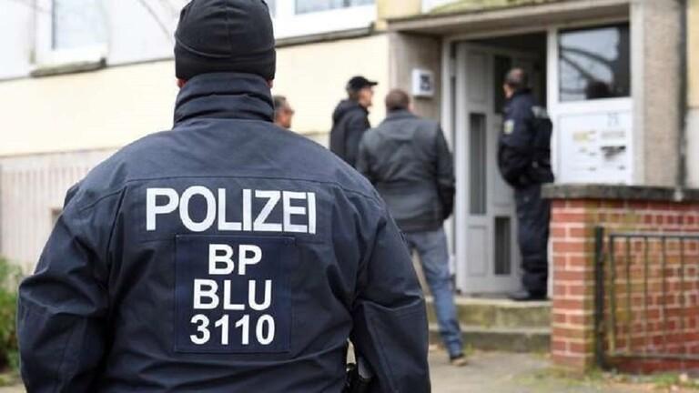 """ألمانيا ..  مسنة تقع ضحية حيلة """"المكالمة الصادمة"""" وتخسر 300 ألف يورو!"""