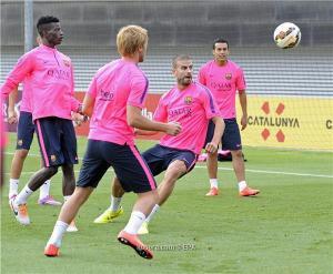 مانشستر يونايتد يعرض 25 مليون يورو لضم مدافع برشلونة