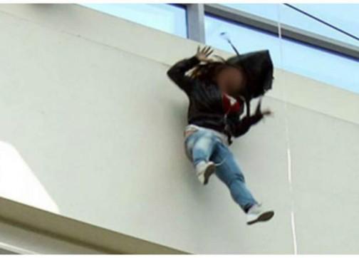 الامن يحقق بوفاة فتاة  عشرينية سقطت من الطابق الثالث في حي نزال