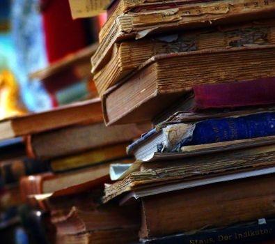 سلسلة معارض بعنوان عمان بالكتاب أحلى لازبكية عمان