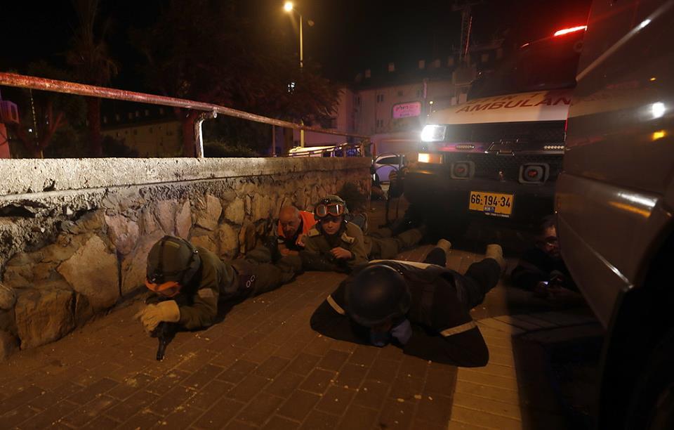 """بعد يومين من اختباء المستوطنين في الملاجئ  ..  هكذا رضخت اسرائيل للتهدئة  ..  """"تفاصيل"""""""