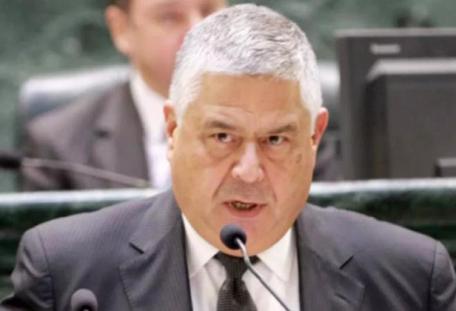 الوزير الأسبق عمر ملحس يُطالب بإعادة الحياة في الأردن إلى طبيعتها