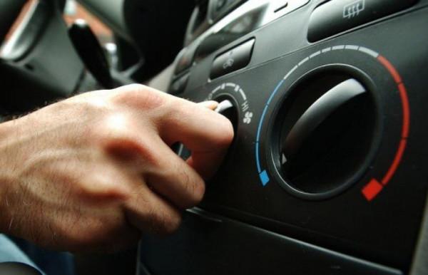 لهذا السبب ..  احذر أن تشغل مكيف السيارة للهروب من ارتفاع درجة الحرارة