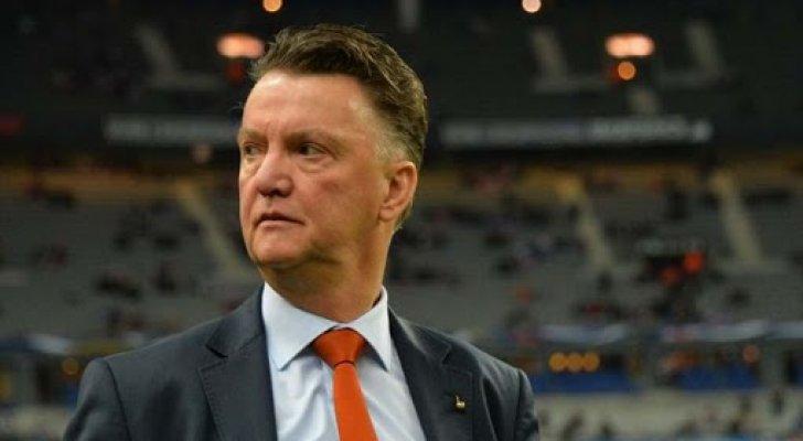 للمرة الثالثة في مسيرته ..  فان خال يعود لتدريب منتخب هولندا