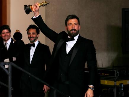 """""""Argo"""" يحصد جائزة الأوسكار لأفضل فيلم"""