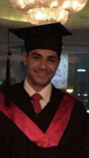 صلاح العواملة مبارك التخرج