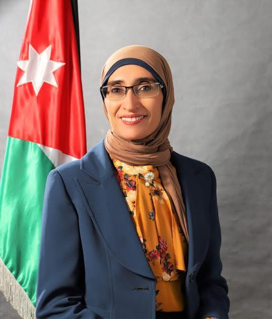 شهادة عز بالانضمام لكِ عمان العربية