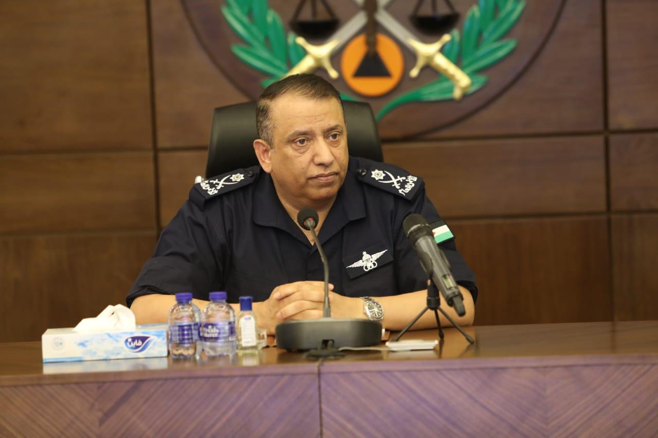 الحواتمة يوعز لمرتبات الأمن العام و الدفاع المدني و قوات الدرك بالاستعداد التام للتعامل مع المنخفض الجوي