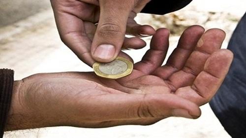 التنمية تضبط 3 متسولين بالغين وأحدهما بحوزته 323 دينار بالزرقاء