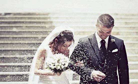 طبيب يحذر من آثار قاتلة للزواج المبكر  .. فيديو