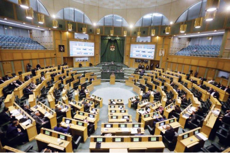 10 أعوام بدلاً من 4 كحد أعلى لمجلس نيابي يمثل حكومات برلمانية