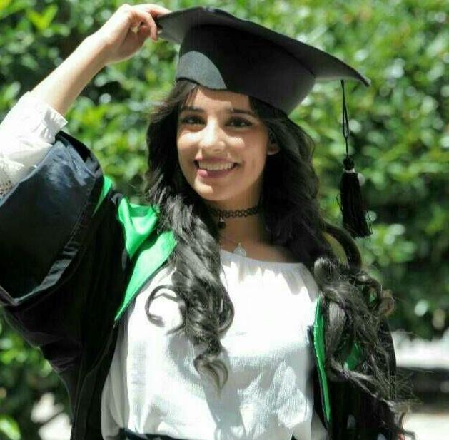 هبه غنام  مبارك التخرج