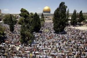 المرجعيات الدينية في القدس تقرر الدخول والصلاة في المسجد الأقصى عصر اليوم
