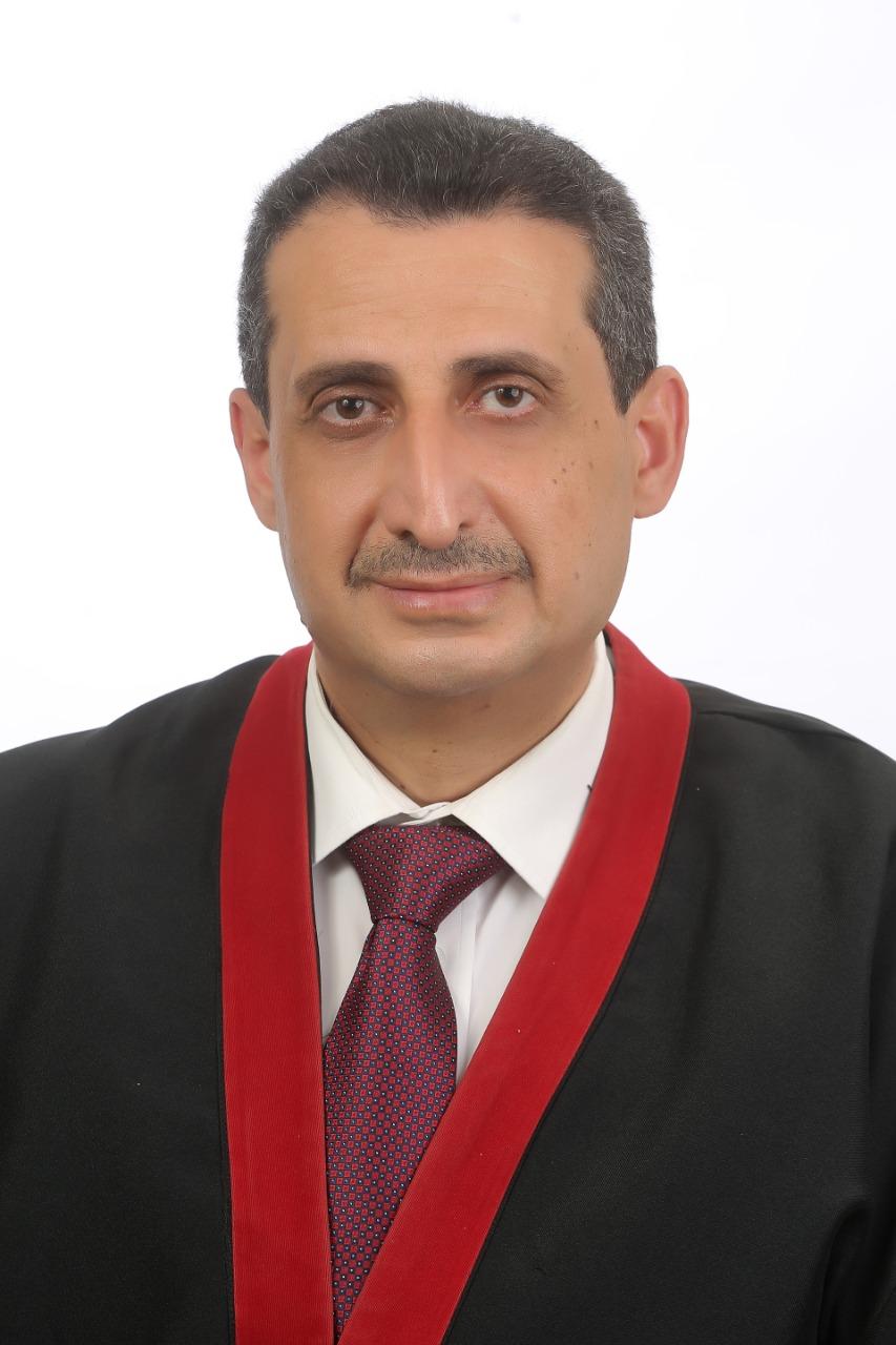 """إياد شعبان من """"عمّان الأهلية"""" يحصل على درجة الدكتوراة بامتياز مع مرتبة الشرف  .. ألف مبروك"""