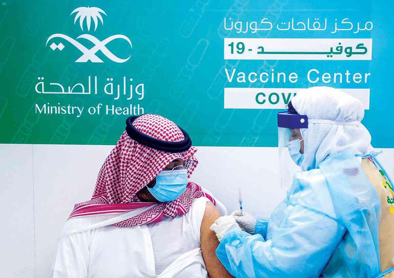 السعودية ..  دراسة إعطاء جرعة لقاح ثانية مضادة لكورونا من نوع مختلف