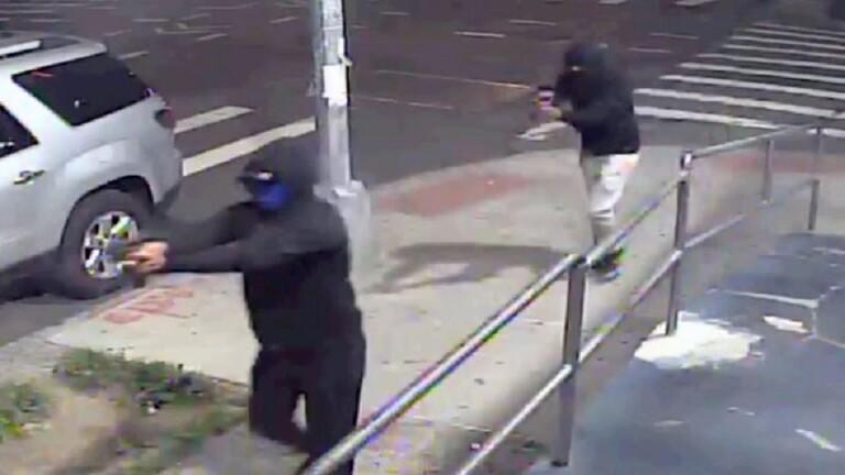 إصابة 10 أشخاص بإطلاق نار في نيويورك
