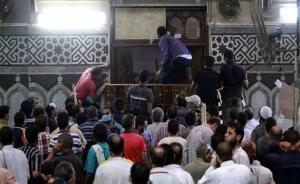 مصلون يشتبهون بحقيبة داخل احد المساجد في الزرقاء  ..  والامن يتدخل