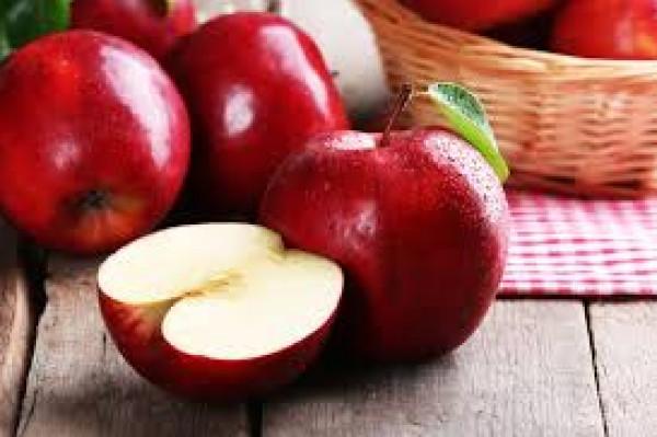 فوائد التفاح ..  غني بـ4 فيتامينات وينشط عملية الهضم