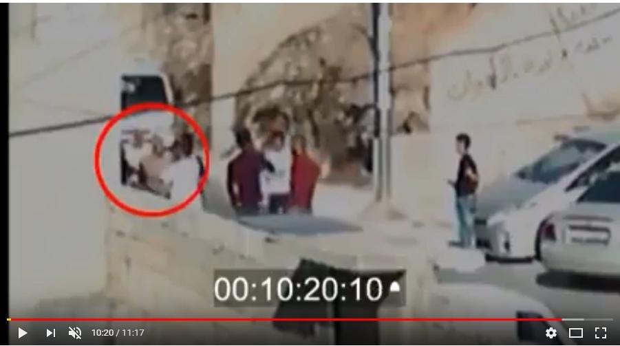 بالفيديو  ..  لحظات مروعة في جبل التاج انتهت بوفاة مواطن على يد مروج مخدرات