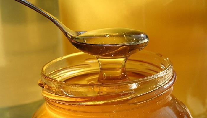 ما يحدثه تناول ملعقة عسل يوميا في جسمك