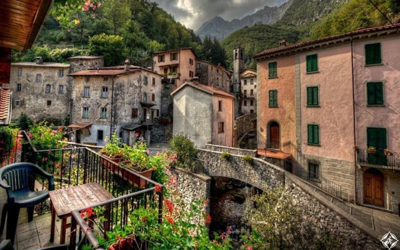 أفضل الاماكن السياحية في مدينة فيرونا الإيطالية .. صور