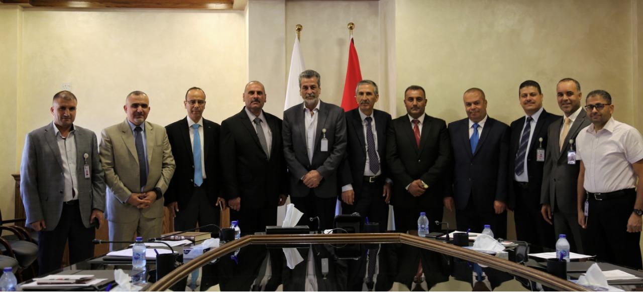 لجنة انتخاب لواء الموقر تؤدي القسم القانوني