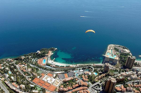 موناكو تحث السياح على الانغماس سياحيا في إمارتها