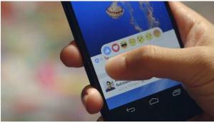 """اضافة رموز تعبيرية لـ """"المشاعر"""" على فيسبوك الى جانب زر الاعجاب"""