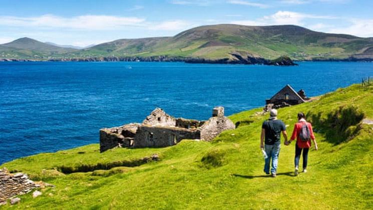"""جزيرة إيرلندية ساحرة تعلن عن """"وظيفة الأحلام"""""""