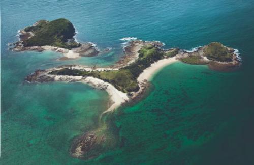 زوجان يعرضان جزيرة خاصة قرب أستراليا للبيع بـ17 مليون دولار