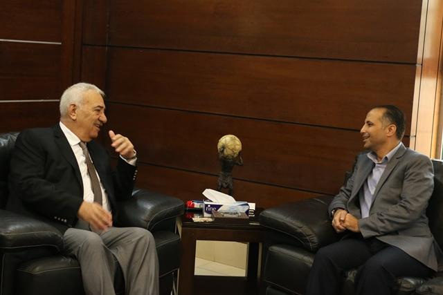 """بحث التعاون المشترك بين  """" الشرق الأوسط"""" وصحيفة الغد الأردنية"""