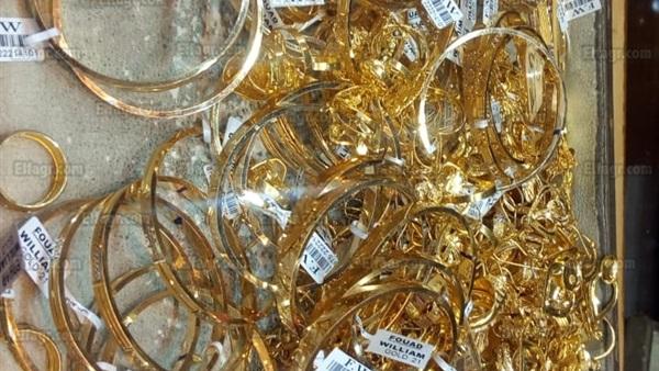 ابو ظبي : 100 ألف درهم غرامة لتاجر يبيع مشغولات ذهبية مقلّدة