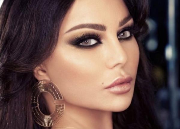 """هيفاء وهبي تثير الجدل في إطلالتها الجديدة ..  والجهور: """"أحلام فرع لبنان"""""""