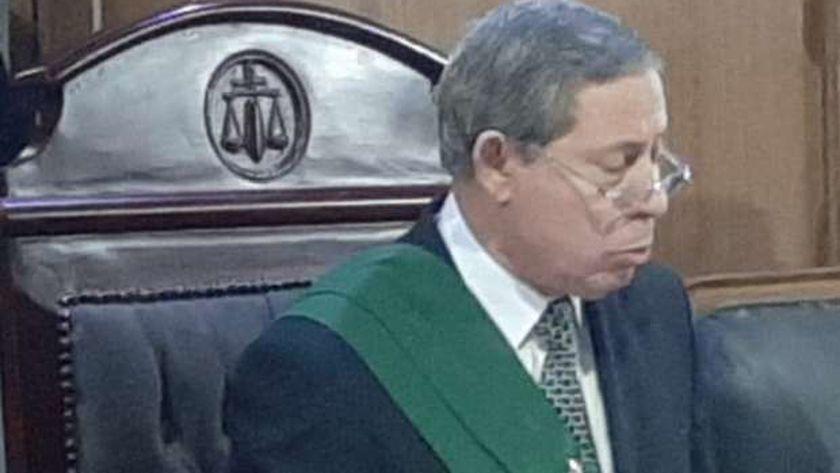ماذا قال قاض مصري لاب هتك عرض ابنته ؟