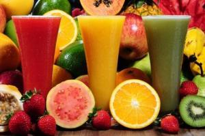 أفضل 10 أطعمة غنية بالفيتامين C