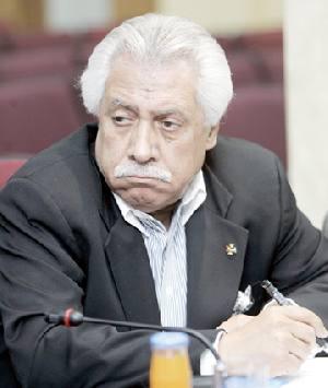 """نواب لـ""""بلتاجي"""": انت بلا مؤهلات ويكفي تنظير .. و الامانة ستبيع """"عمان"""""""