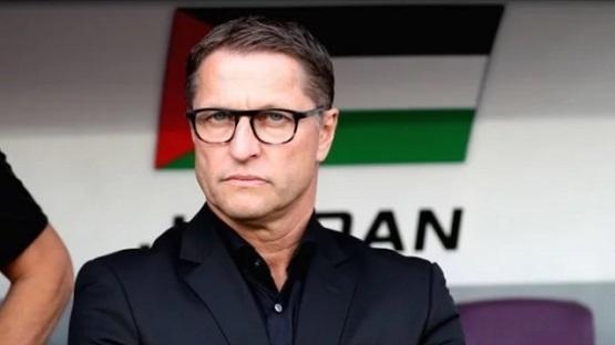 مدرب منتخبنا فيتال يرد على مطالبات باستقالته : هذا غباء ولن أُجيب عليه